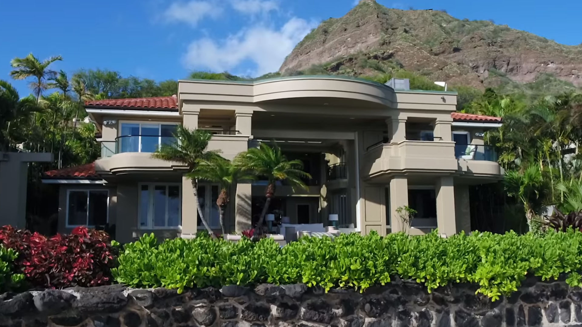 Long & Associates AIA - hawaii architects custom design luxury home